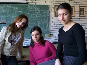 Mädchen/Schulen/Eltern