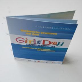 Girls'Day Aktionsleitfaden  |  Nachwuchs gewinnen mit dem Girls'Day